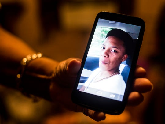 July 28, 2017 - Vickie Burks, Aries Clark's grandmother, shows a picture of Clark from when Burks was helping teach the 16-year-old how to drive. Aries Clark, 16, was shot and killed Tuesday night by Marion, Ark. police outside the East Arkansas Youth Services center in thatÊcity.