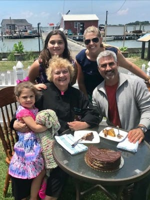"American Idol season five winner Taylor Hicks visited Smith Island on June 18 to film for an episode of his INSP show ""State Plate."""