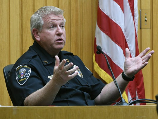 Knox County Sheriff's Capt. David Amburn on the witness stand Tuesday, May. 2, 2017 during the trial of Raynella Dossett Leath.