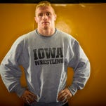 Iowa wrestlers thump Maryland to complete east-coast weekend sweep