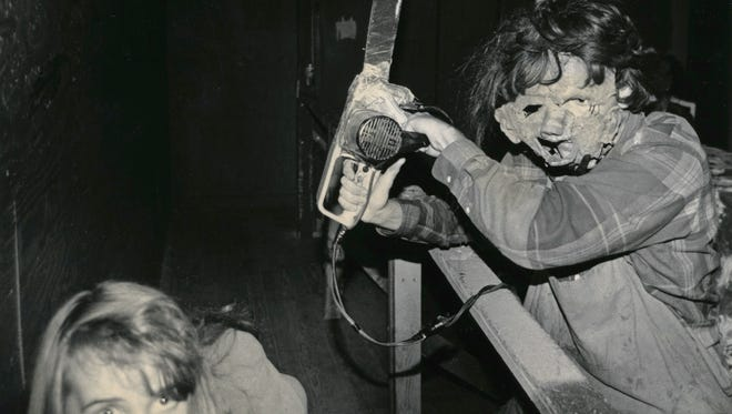 A patron of the Dungeon of Doom encounter a chain saw wielding goblin in 1991.