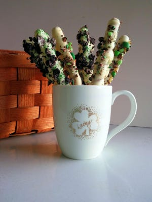Turn a plain mug into a St. Patrick's Day gift with a simple process called stippling. Then fill the mug with a treat like these Banjaxed Pretzels.