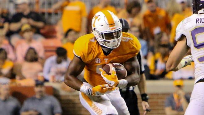Sep 19, 2015; Tennessee Volunteers running back John Kelly.