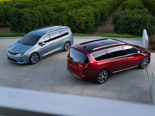 2017 Chrysler Pacifica Hybrid, left and 2017 Chrysler Pacifica