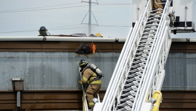 Jackson firefighters responded to a small fire in the ceiling of Logan's Roadhouse in Jackson, Wednesday morning.