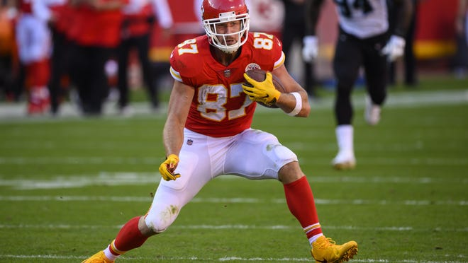 Kansas City Chiefs tight end Travis Kelce (87) came up big in Sunday's 33-31 win over the Carolina Panthers.