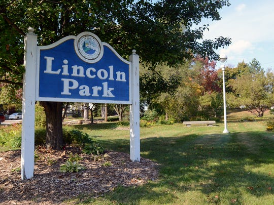 A sign for the park greets visitors between North and South Boulevards Monday, Oct. 19, at Lincoln Park in Port Huron.