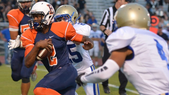 Blackman quarterback Jauan Jennings runs upfield. The Blaze were ranked second in the state in the first Associated Press Class 6A statewide football poll.