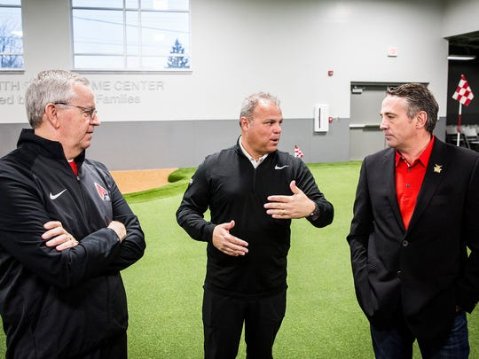 Ball State held its official ribbon cutting ceremony for the Earl Yestingsmeier Golf Center, an indoor practice facility, Saturday morning.