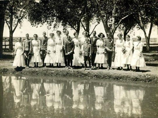 Pictured are Alamogordo High School graduates in 1910.
