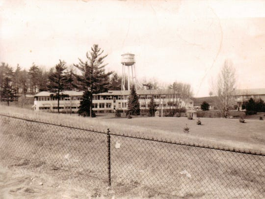 Maple Crest in 1941
