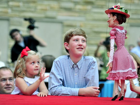 Puppet Minnie Pearl is a bug part of the  String City puppet show that will come back to the Country Music Hall of Fame this summer.