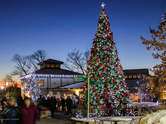 The Cincinnati Zoo's PNC Festival of Lights was named