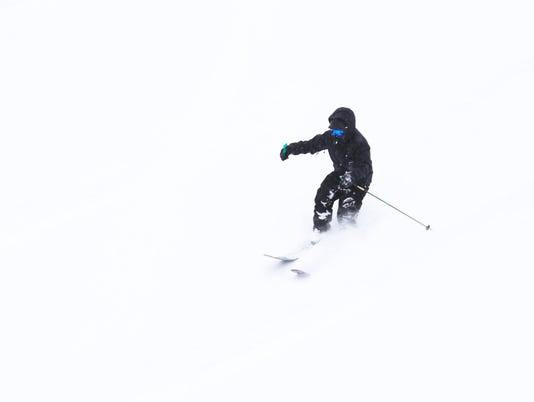 Ski-Apache.jpg