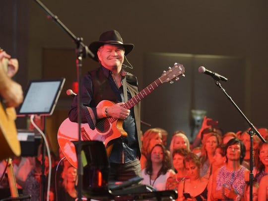 """Micky Dolenz of The Monkees had fans at The Jam ready to take the """"Last Train to Clarksville."""""""