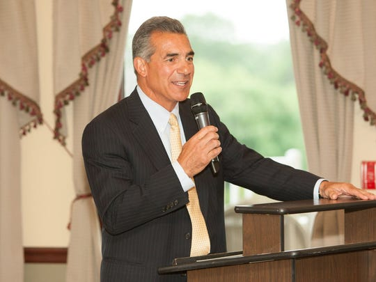 Assemblyman Jack Ciattarelli spoke at the graduation ceremony for the Leadership Hunterdon class of 2016.