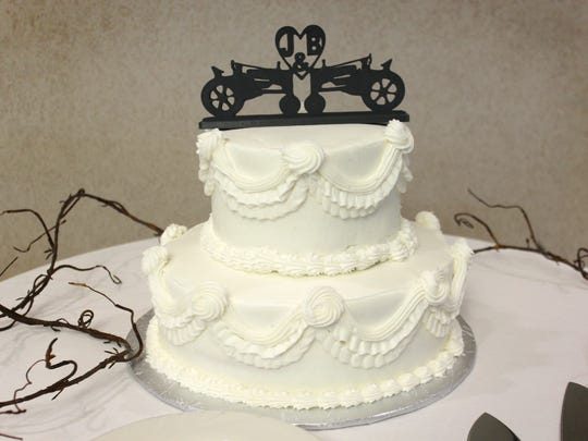 This wedding cake topper was made with a 3-D printer.