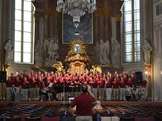 1-Singing-Cadets-2.jpg