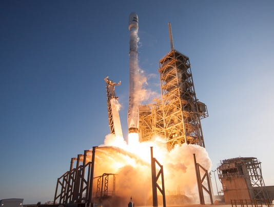 636271641386362557-ses10-launch-39a.jpg
