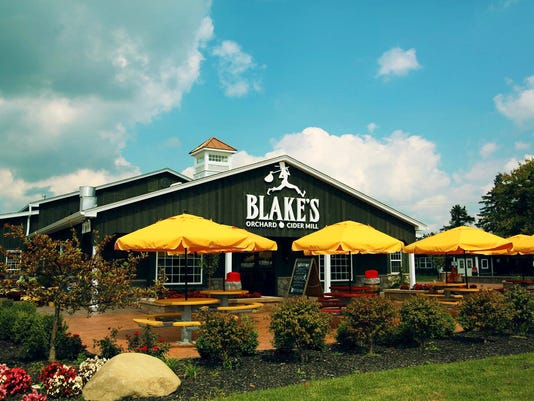 636517057756858067-Blakes-Orchard-Cider-Mill-1-.jpg