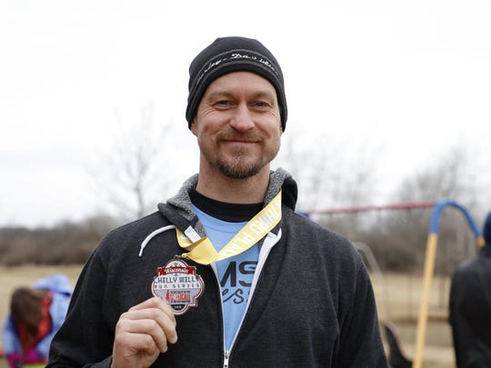 Runners get Chilly Willy race medals if they finish
