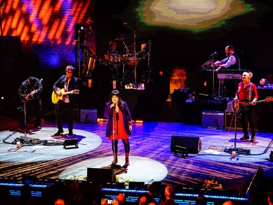 Ann Wilson and her band will join Jeff Beck and Paul