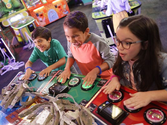 chuck e cheese s launches unlimited gaming option