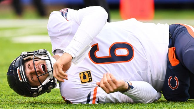 Nov 20, 2016; East Rutherford, NJ, USA;  Chicago Bears quarterback Jay Cutler (6) lays on the field after a late hit by New York Giants defensive end Olivier Vernon (54, not pictured) at MetLife Stadium. Mandatory Credit: Robert Deutsch-USA TODAY Sports