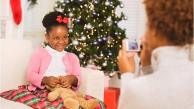 Still waiting for that perfect holiday family photo? Well, don't hold your breath. But here are seven ways to help you love your photos.
