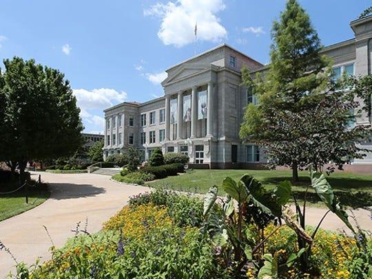 Carrington Hall on the campus of Missouri State University.