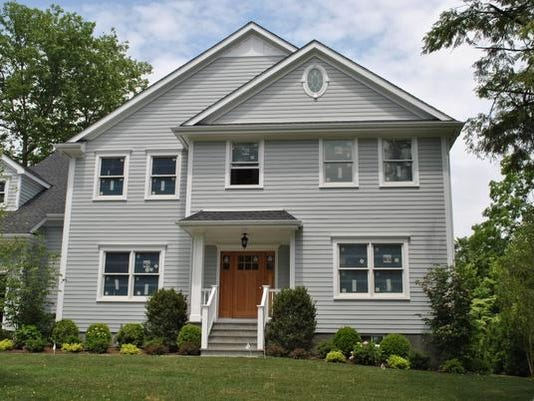 15 Standish Drive, Scarsdale