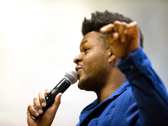 "Comedian Anwar Newton delivers his story ""Full Circle"
