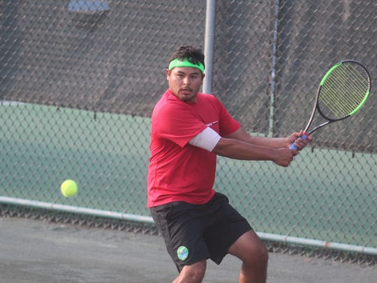 Richard Canelas during the men's semifinals of the