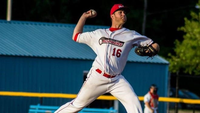 Former Battle Creek Bombers pitcher Alex Hermeling has been named the 2015 Northwoods League Pitcher of the Year.