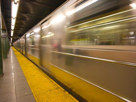 Getty_NYCsubway2.jpg