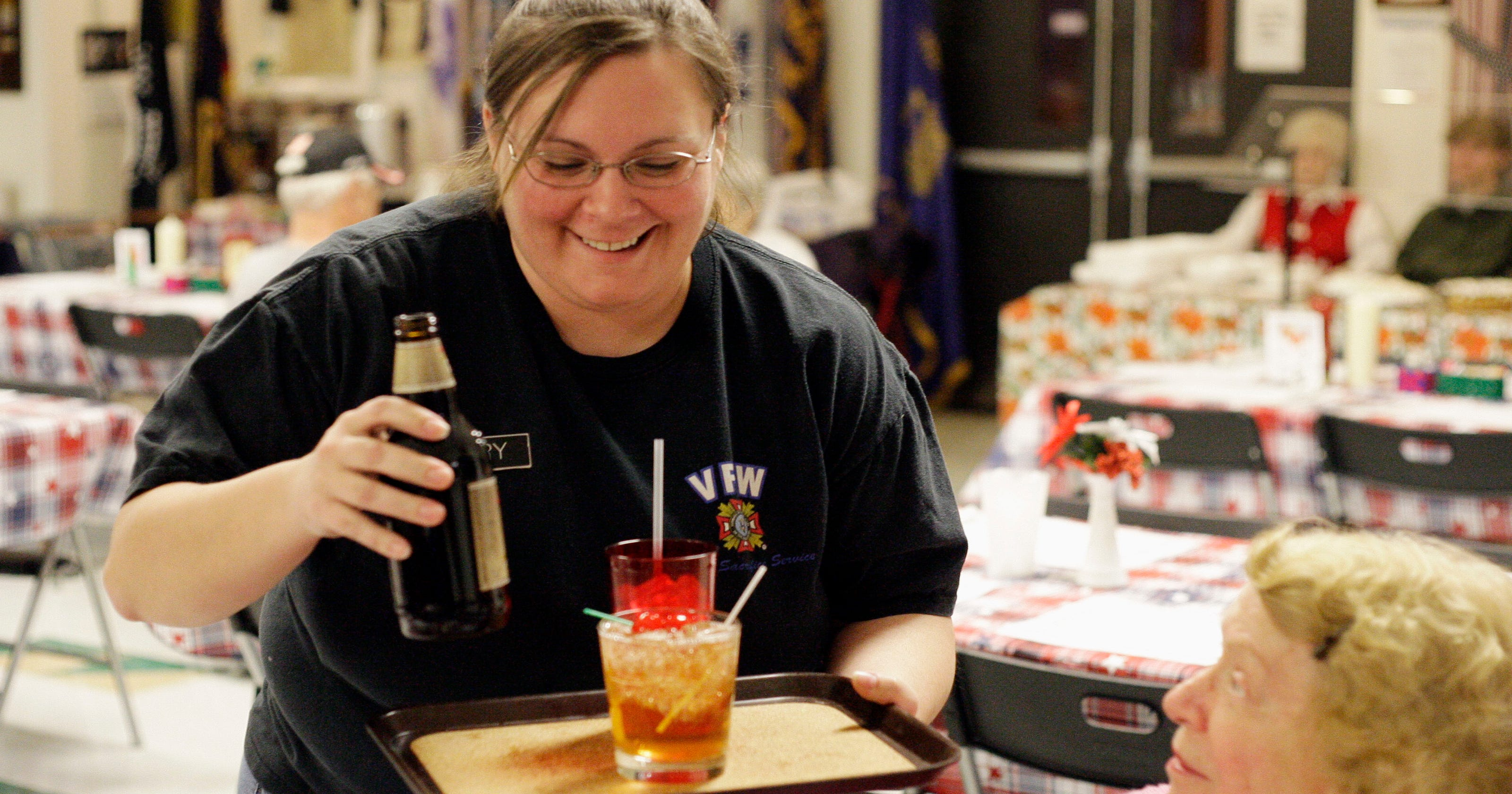 Vfw waitress made a life serving those who served for Vfw fish fry