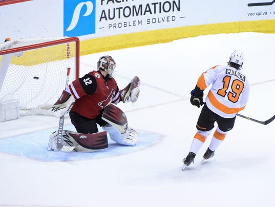 NHL: Philadelphia Flyers at Arizona Coyotes