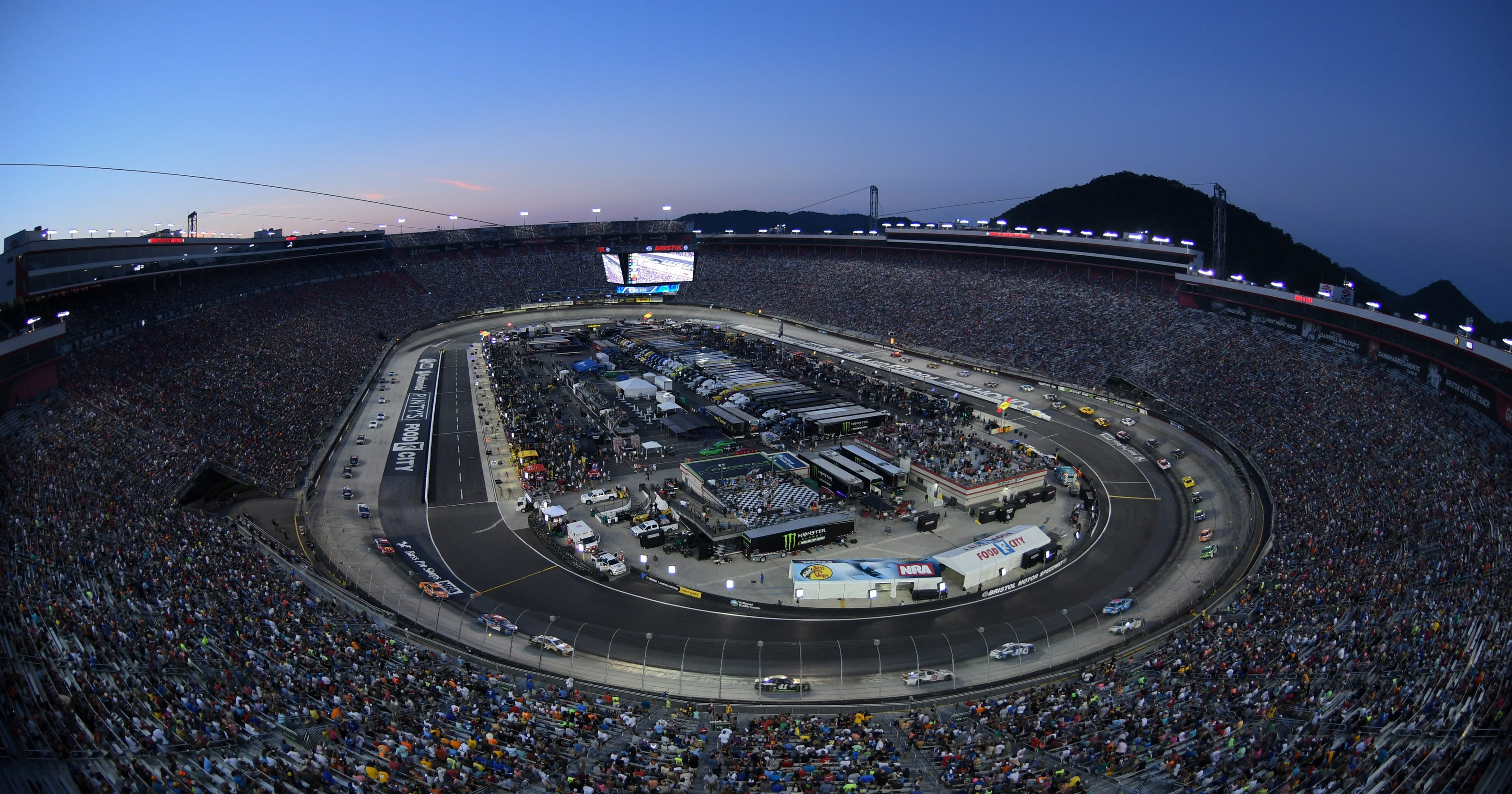 Bristol Motor Speedway retains NRA as co-sponsor for night race