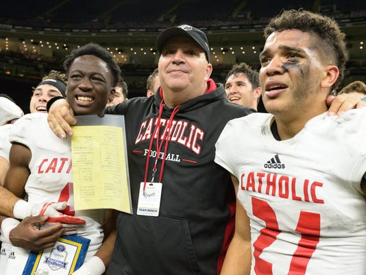 636482891128615643-v2-Notre.Dame.Catholic.football.superdome.12.7.17-3493.jpg