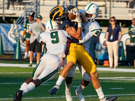 West Bloomfield Lakers (5) vs Clarkston Wolves (8)