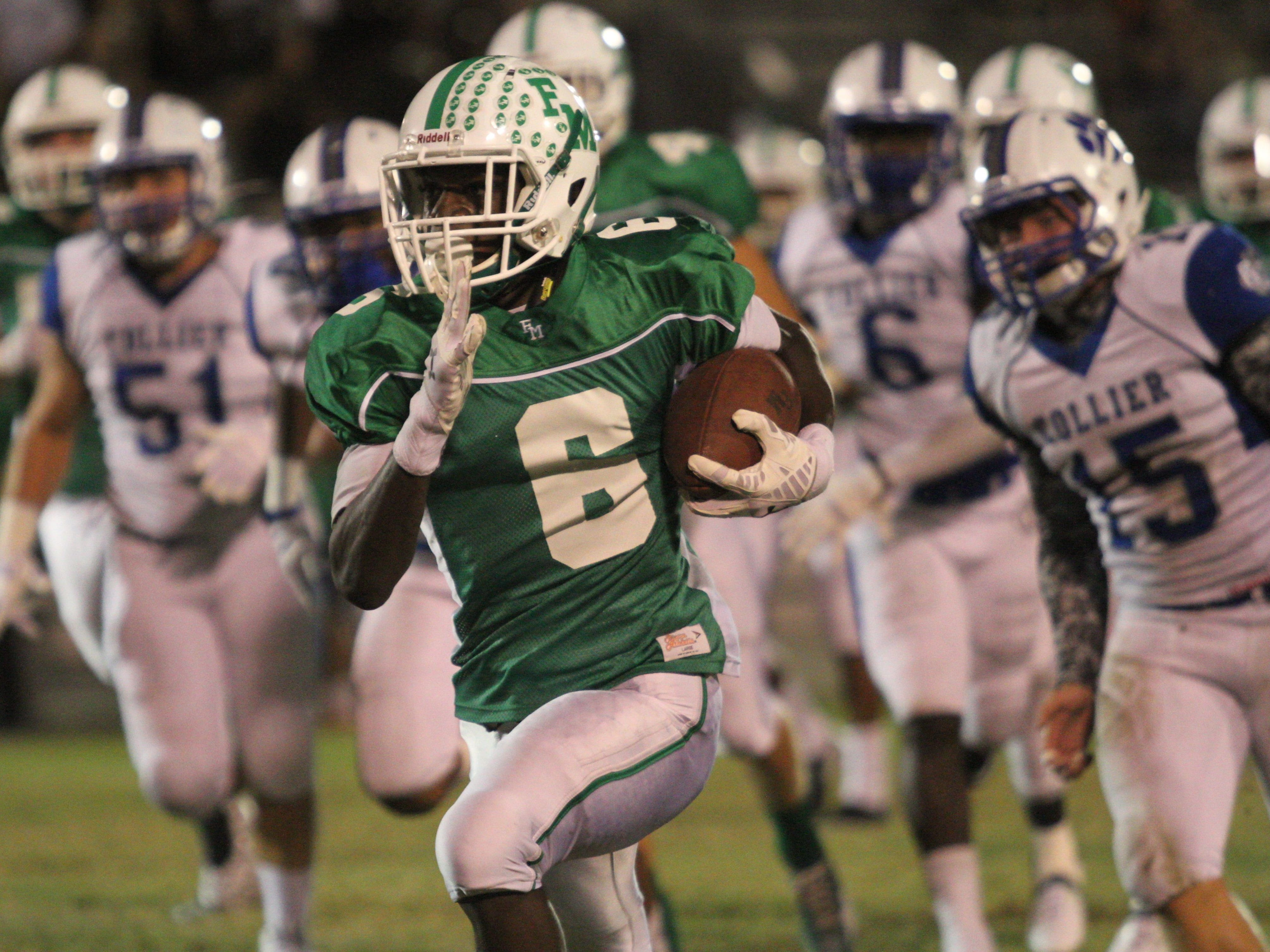 Fort Myers, which will have a young team this season, is counting on junior Darrian Felix (6) to be its next big offensive threat.
