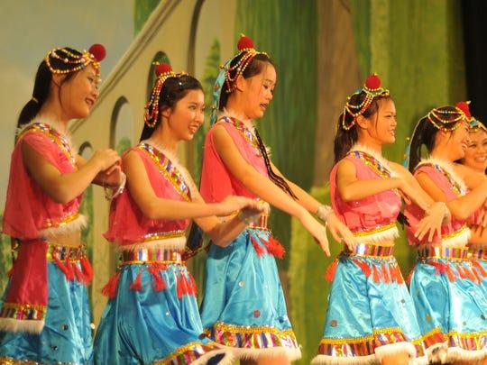 Chinese Dancer Ensemble.jpg
