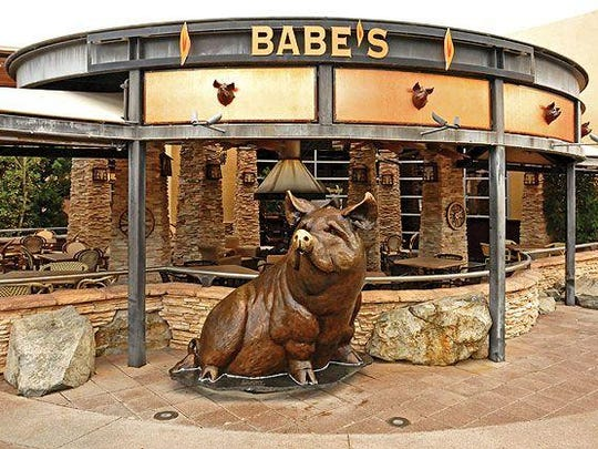 The entrance to Babe's.