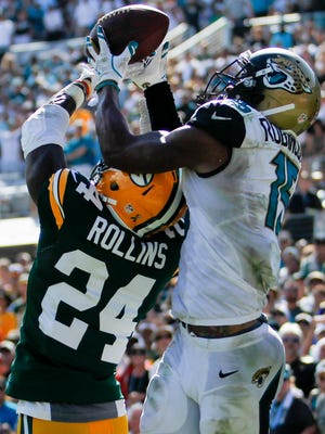 Green Bay Packers cornerback Quinten Rollins (24) defends Jacksonville Jaguars wide receiver Allen Robinson (15) in the fourth quarter on Sept. 10, 2016, at EverBank Field.