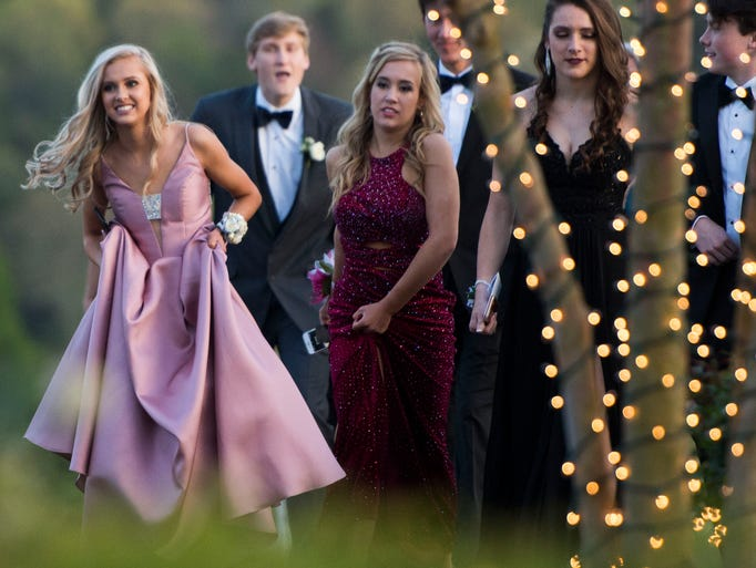 Scenes from Farragut's prom at The Reserve at Bluebird