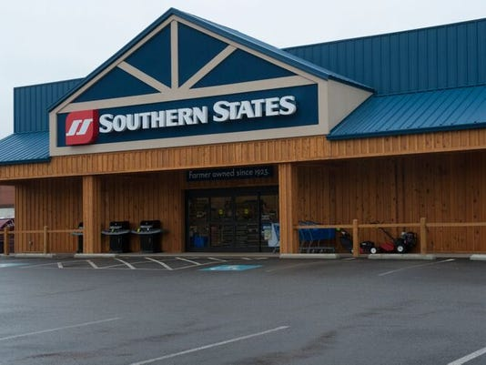 636552396452864879-Southern-States-Storefront.jpg