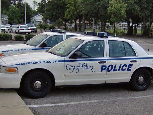 635635573279558048-Biloxi-police-car