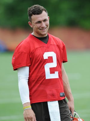 Cleveland Browns quarterback Johnny Manziel (2) during organized team activities at the Cleveland Browns training facility.