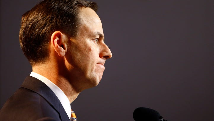 John Currie fired amid messy Tennessee coaching search, fans react
