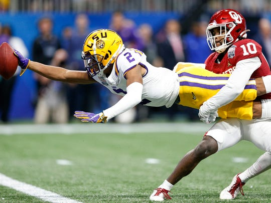 LSU's Justin Jefferson scores a TD against Oklahoma in the Peach Bowl.